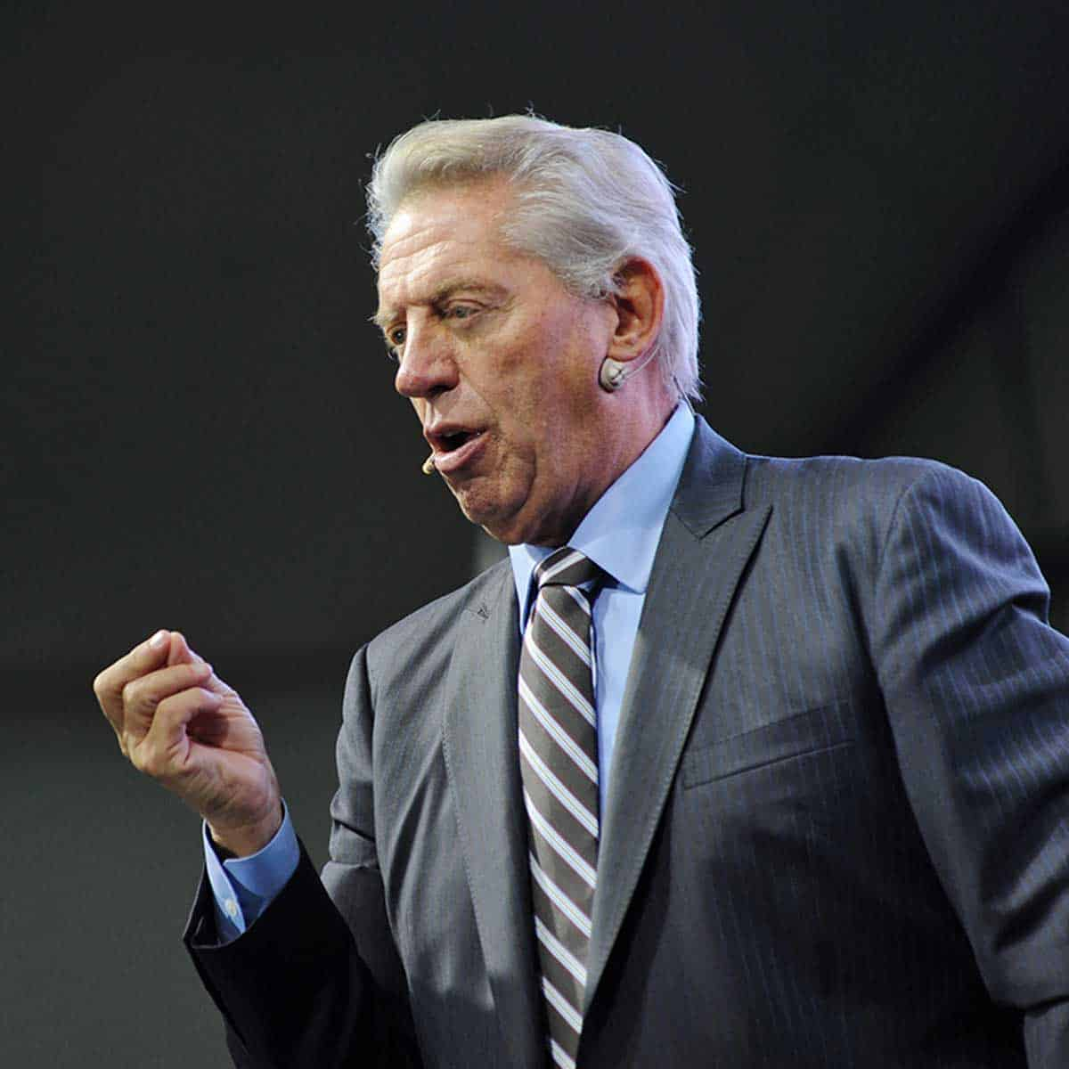 John Maxwell - business coach